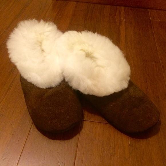 get new 50% off best loved Shoes | Peruvian Brown Alpaca Slippers W White Fur | Poshmark